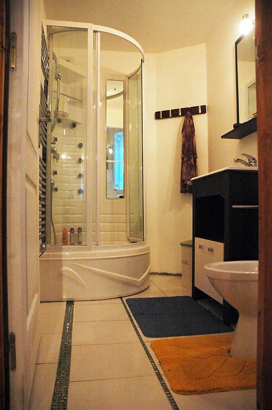 Appartements et chambres meubl es - La douche perigueux ...